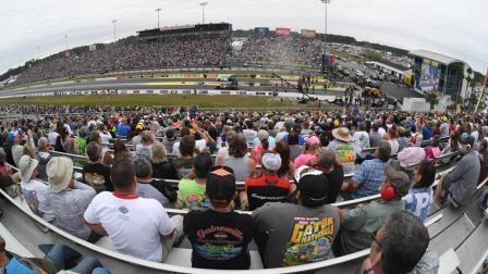 NHRA announces complete 2021 Camping World national event class schedule
